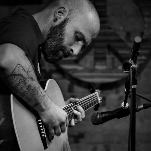 Dustin Prinz - Singing Guitarist / Acoustic Band in Omaha, Nebraska
