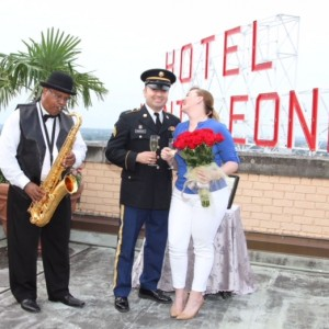 Earle Brown: Saxophone Soloist - Saxophone Player / Wedding Musicians in New Orleans, Louisiana