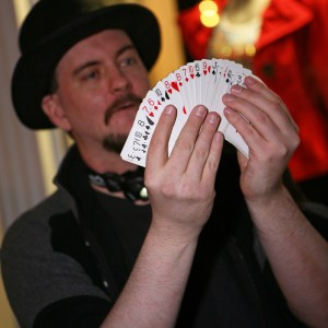 Eddini Magician / Mentalist / Certified Hypnotist - Strolling/Close-up Magician / Corporate Event Entertainment in Portsmouth, New Hampshire