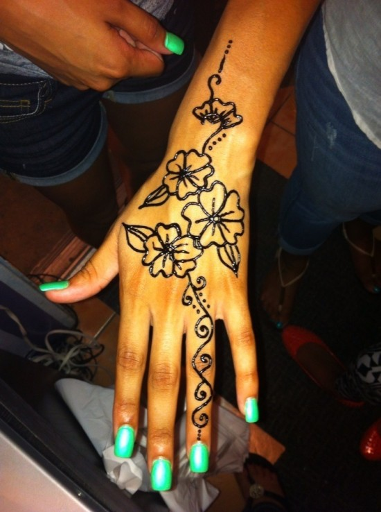 Egyptian Henna Designs: Hire EGYPTIAN HENNA TATTOO Old Town