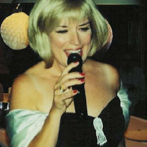 Eileen the Singer - Barbra Streisand Impersonator in Towson, Maryland
