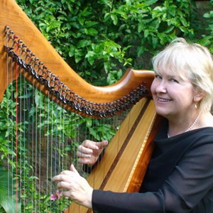 Elaine Olson, Harpist - Harpist in Maui, Hawaii
