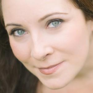 Elisa Nikoloulias, Versatile Soprano