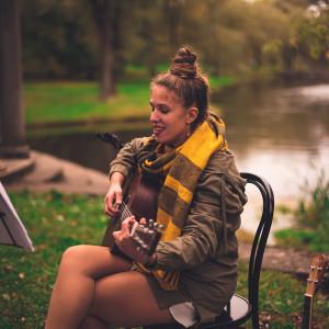 Elle Zee - Singer/Songwriter in Boston, Massachusetts