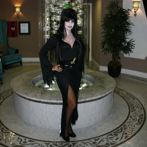Elvira Impersonator