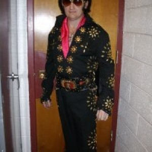 Elvis Tunes - Elvis Impersonator / Rock & Roll Singer in Greenville, North Carolina