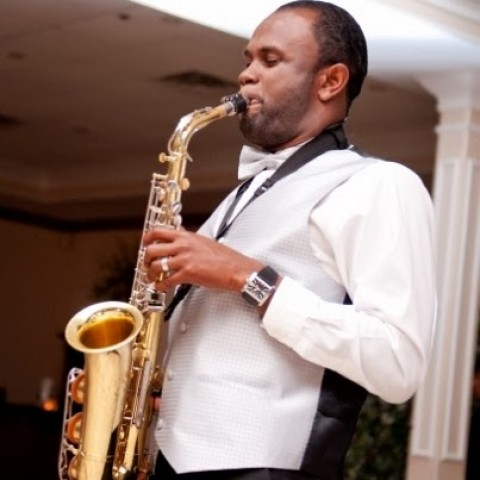 Hire Emanuel Jackson Saxophone Player In Washington