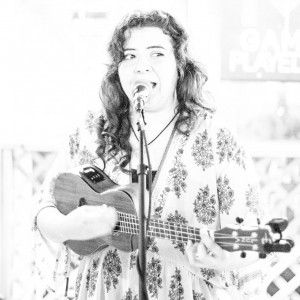 Emilele - Ukulele Player / Beach Music in Bloomington, Illinois