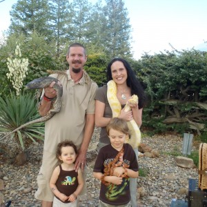 E&M's Reptile Family, LLC - Petting Zoo in Bakersfield, California