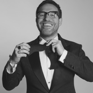 Entertain and Inspire - Corporate Magician / Leadership/Success Speaker in Toronto, Ontario