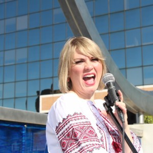 Entertainer Diana Turner - Keyboard Player in Battle Creek, Michigan
