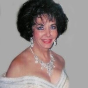 Janie as Elizabeth Taylor - Elizabeth Taylor Impersonator / 1960s Era Entertainment in Dallas, Texas