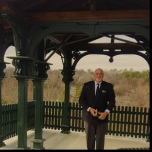 Eureka Springs Wedding Officiant - Wedding Officiant / Wedding Services in Eureka Springs, Arkansas