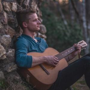 Evan Bingham - Singing Guitarist in Raleigh, North Carolina