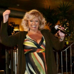 Eve Holmes - Singer/Songwriter / Variety Entertainer in Palm Springs, California