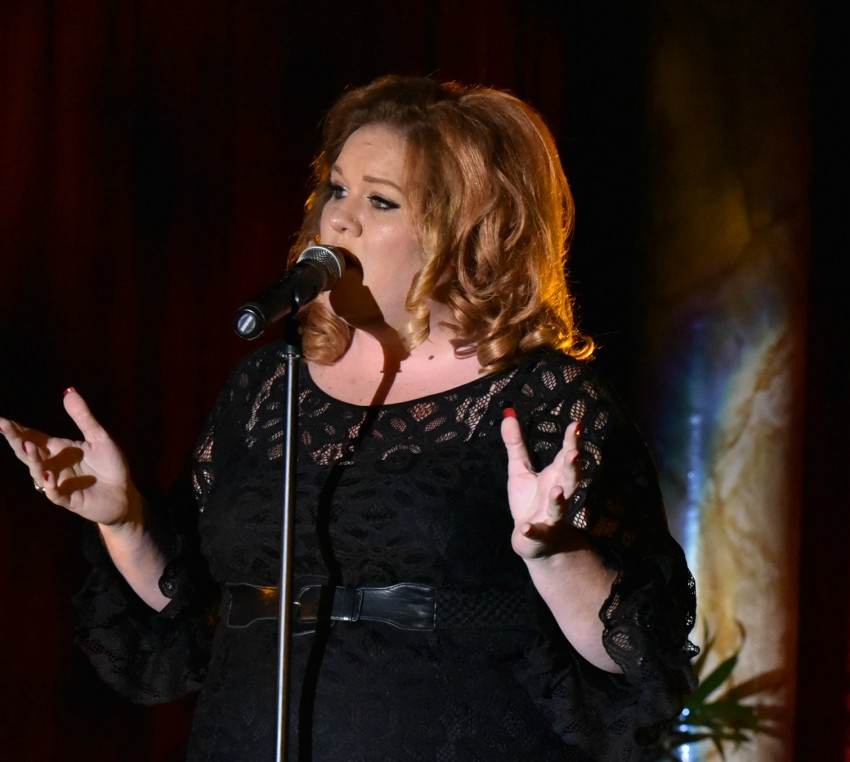 Adele Live Rolling In The Deep: Adele Impersonator In Orlando, Florida