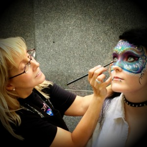 Face Paint Pittsburgh ! - Face Painter / Halloween Party Entertainment in Pittsburgh, Pennsylvania