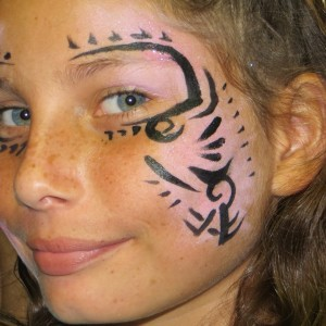 Face Painters of Aloha - Balloon Twister / Outdoor Party Entertainment in Honolulu, Hawaii