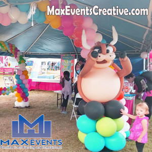 Facepainting, balloon twisting/ decor - Balloon Decor / Party Decor in Calgary, Alberta