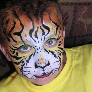 Faces Gone Wild - Face Painter / Halloween Party Entertainment in Knoxville, Tennessee