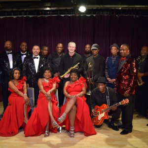 Fantasy Band feat. Connie Wilson and the Motown Reflections Revue - Wedding Band / R&B Group in Chicago, Illinois