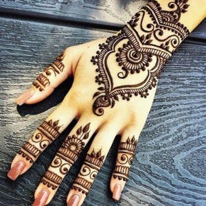 Fatima Eyebrow Threading & Henna Art