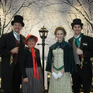 Festive Singers - Christmas Carolers / Singing Pianist in Chicago, Illinois