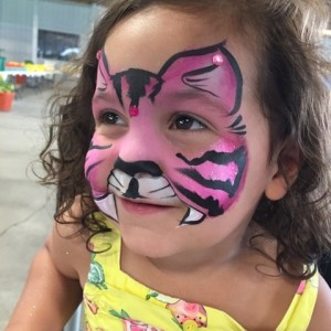 Fifi's Family Entertainment - Face Painter in Watertown, New York