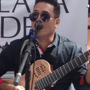 Francisco Javier Acustico - Singing Guitarist in Ponce, Puerto Rico