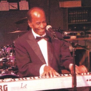 Frankie J - Keyboard Player in Mendocino, California