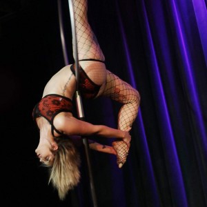 Ella Minnope - Aerialist in Asheville, North Carolina