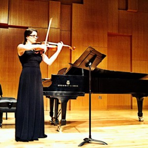 Ashley Salinas - Viola Player in Los Angeles, California