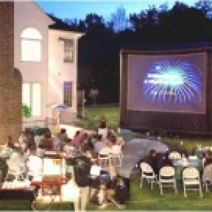 FunFlicks In & Outdoor Movies Iowa - Outdoor Movie Screens / Children's Party Entertainment in Des Moines, Iowa