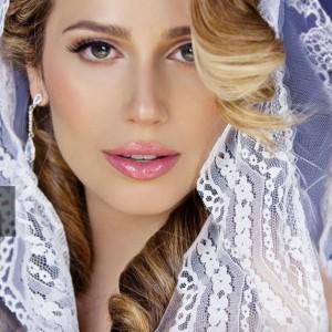 Gabriella makeup artist