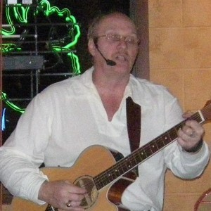 Gareth Davis - Singing Guitarist in Bonney Lake, Washington