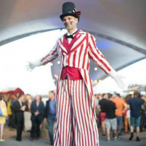 George the Juggler Magician - Strolling/Close-up Magician / Halloween Party Entertainment in New Orleans, Louisiana