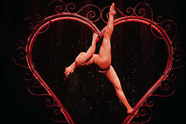 Ginger Valentine At Burlesque Hall Of Fame