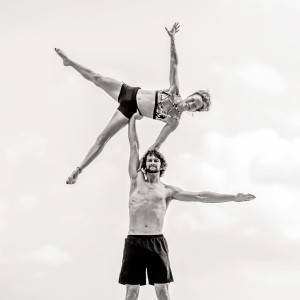 Glen and Jessalyn Acrobatic Duo - Acrobat in New York City, New York