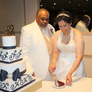 GoldenARTS Photography and Graphic Arts - Wedding Photographer / Wedding Services in Cleveland, Ohio