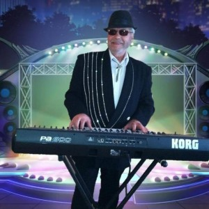 Gordon One Man Band - Keyboard Player in Hallandale Beach, Florida