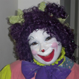 Gracie the Clown and Balloon Artistry - Face Painter / Outdoor Party Entertainment in Detroit, Michigan