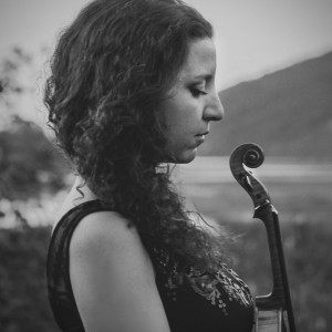 Dora - Violinist / Wedding Musicians in Fort Lee, New Jersey