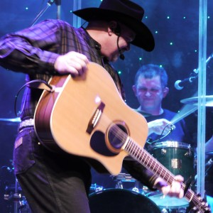Greg Allan Band Pays Tribute to Garth Brooks - Tribute Band / Country Band in Norwich, New York