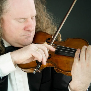 Gregor Kitzis Violin and Musical Saw - Violinist in New York City, New York