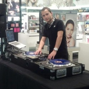 Gringito Recordz DJ Service - Mobile DJ / Outdoor Party Entertainment in Beverly, Massachusetts