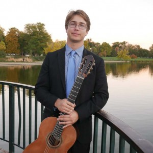Alejandro Olson - Classical Guitarist / Wedding Musicians in Chattanooga, Tennessee