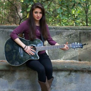 Hannah Verre - Singer/Songwriter / Singing Guitarist in Pepperell, Massachusetts