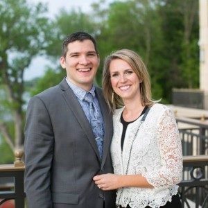 Happy Couple Ceremoies - Wedding Officiant in Lake Geneva, Wisconsin