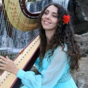 Harpist Tatyana - Harpist in Haiku, Hawaii