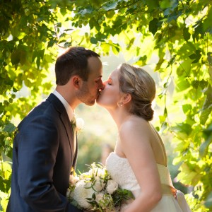 Haze Gray Pixels - Wedding Photographer / Wedding Services in Covington, Washington